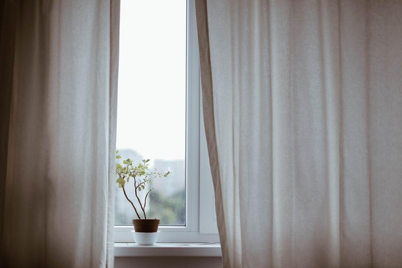 Handige tips voor het ophangen van gordijnen woonhint