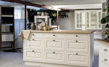 eigengemaakte meubels