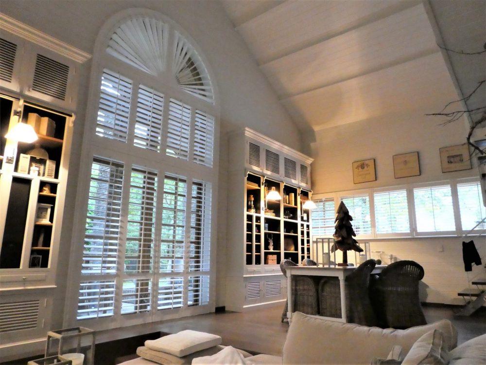 shutters speciale raam