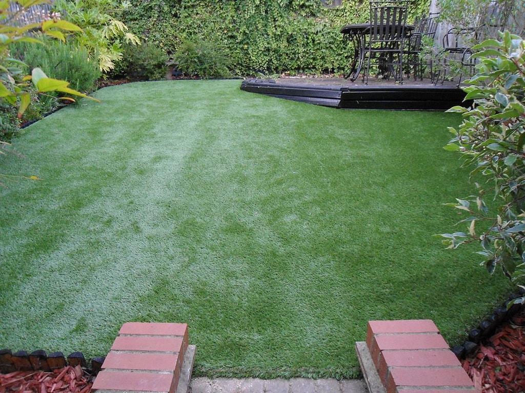 voordelen van kunstgras tuin