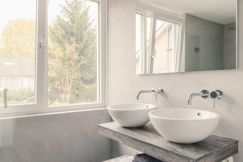Badkamer beton cire van Homeofconcrete.com i